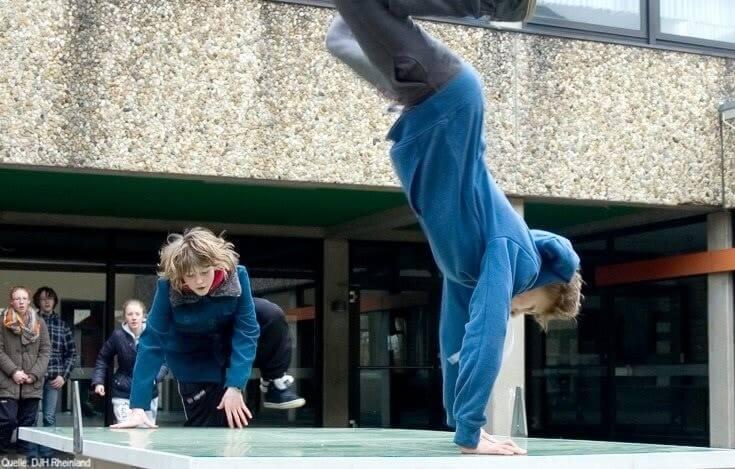 Englisch Adventure Feriencamp: Parcour Choreographie