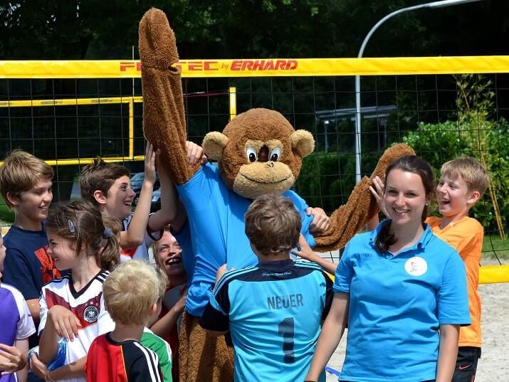 Speziell für die Move-It Sportcamps ausgebildete Betreuer sorgen für viel Spaß im Feriencamp